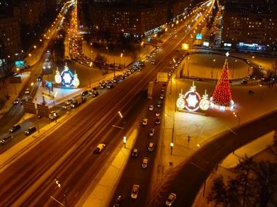 На автобусе по новогодней Москве